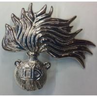 Fregio in metallo da berretto